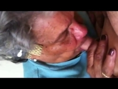 Granny Give a nice blowjob