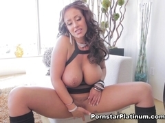 Eva Notty in Beautiful Big Tit Solo