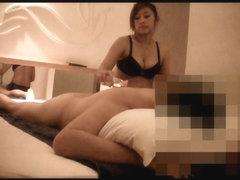 Massage Girl masturbating to turn me ON