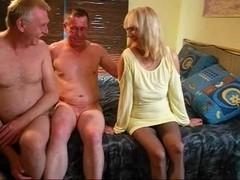 bix- threesome maduros