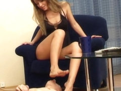 Under-Feet Video: Maya
