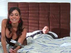 Sexy milf Kendra Lust is a real big dick fan