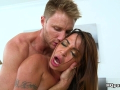 Levi Cash, Julianna in Curvy milf Video