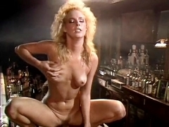 Kathleen Gentry, Joey Silvera in 70s porn shows mad love making scene in the bar
