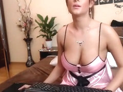 sweetkattye non-professional episode on 01/22/15 01:31 from chaturbate