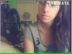 Appealing teen wanks on her webcam