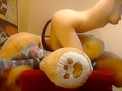 Fucking my hon with a toy in amateur dildo vid