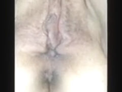 I'm fingering my fat babe's pussy in our amateur porn