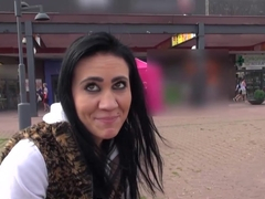 MallCuties - Two amateur girls have sex in public - czech girls