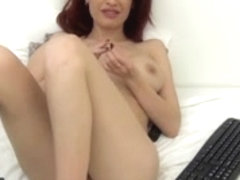 LJ berrenicexx naked in bed - beautiful redhead.