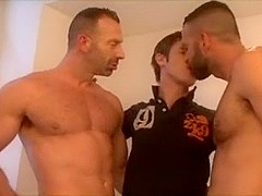 Three-Some playing with sex toy & lavish facual cumshots.
