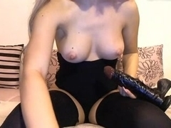 Blonde haired great nipples on ass twerking girl tease