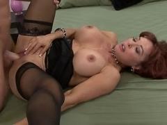 Hawt Breasty Cougar Vanessa Bella Banging