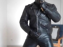 maitre leather biker smoke cigare