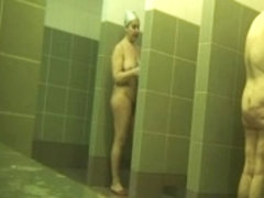 super saggy mature in the shower_240p