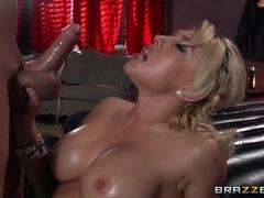 Dirty Masseur: Porno P.I. : Part One. Kagney Linn Karter, Xander Corvus