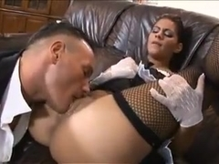 Spanish maid ofer her holes to boss