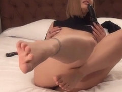 DirtyJess removes stockings and fuck