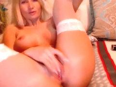 Diva (Elyta) suck the plastic dildo