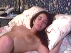 Vintage amateurs eat pussy and strapon fuck