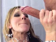 Milky ass of horny Nikki Sexx gets a huge cock download!