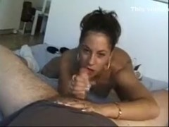 Excited wife pleases knob with her face hole
