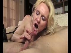 married milf gets a hot facial after a deep blowjob