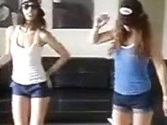 MIA & CALI CLEMENTE Feat CUBAN KING 2