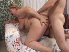 EXCITED big beautiful woman SQUIRTERS