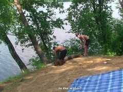 Student sex friends on a picnic