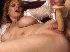 Video from AuntJudys: Rachel
