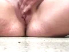 girl bbw makes her phat pussy squirt multiple times