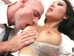 Big Tits at Work: Boning my Boss