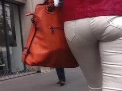 Ass voyeur 16 - Amazing ass VPL