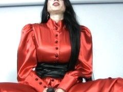 Trinity-Productions: Red Governess Strapon
