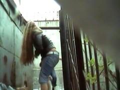 Girls Pissing voyeur video 333