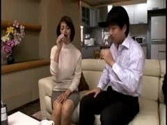 Sexy cougar got fucked in a Japanese porn video