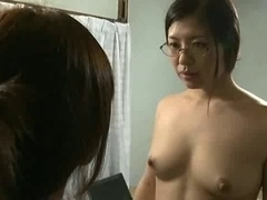 Japanese whore and a vibrating tool in action