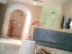 Amateur fem gets her chubby body in shower voyeured