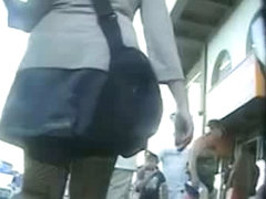 Amateur street candid upskirt video of chubby awesomeness