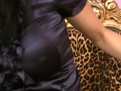 Trinity-Productions: Pussy Squash Milf