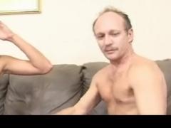Секс со зрелыми мужчинами