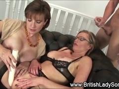 Spex mature british milf gets facial