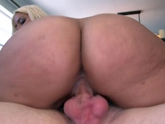 Stepmom Bridgette B teaches Belle Knox how to fuck