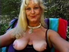 Older Queen Lynn Screwed Poolside