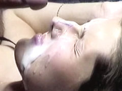 Huge cumshot on my perfect face