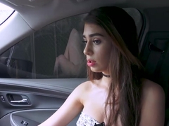 Naughty teen Joseline Kelly enjoys fucking in the back seat