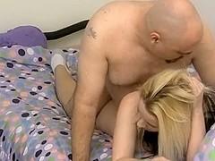Donna is a sexy blonde hottie
