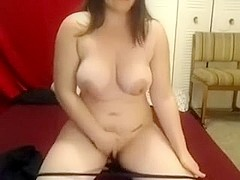 Non-Professional chunky black brown hair honey shows off her snatch on webcam