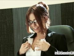 Gorgeous Isabella banged at the office by delivery boys huge dick